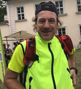 Harald am Start als zweiter Läufer der Zweierstaffel. (Foto: Cornelia Kaltwasser)