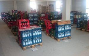 Logistische Herausforderung: Getränke und Nahrung für 300 Einzelläufer und vierhundert Staffelläufer an 27 Verpflegungspunkten entlang der 161 Kilometer langen Strecke. (Foto: Harald Reiff)