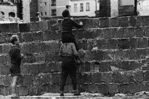MauerZeitLauf, Gedanken / Gedenken zum Mauerbau @ Hauptbahnhof / Washingtonplatz, Berlin | Berlin | Berlin | Deutschland