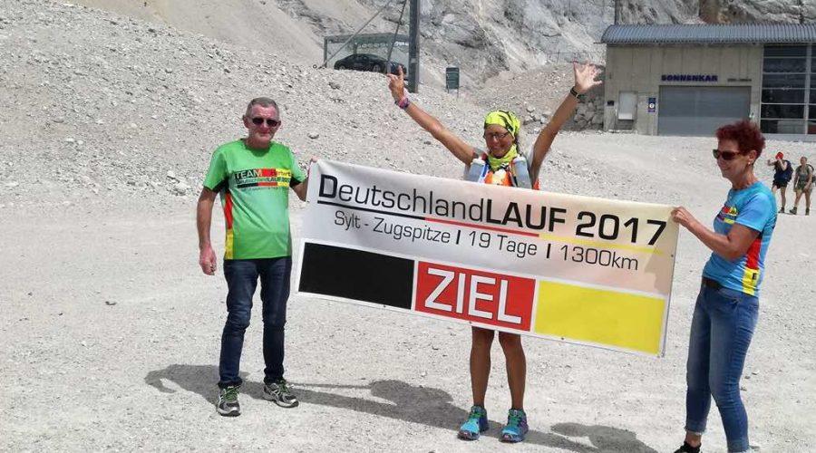 Conny Rohwedder ist am Ziel des Deutschlandlaufs 2017. (Foto: Karl Rohwedder)